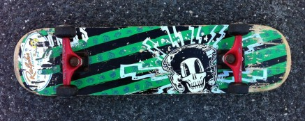 Bottom of the skateboard-artifact.